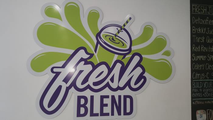 Fresh Blend juice bar and salad franchise opportunity great profits North Shore beach location in Sydney 3.jpg