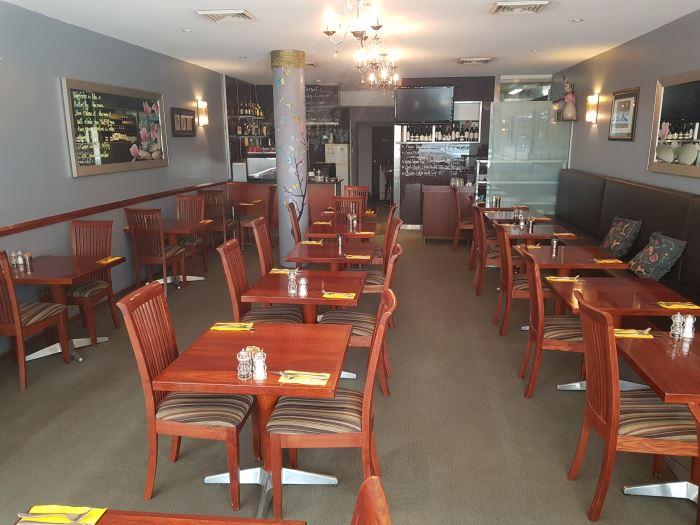 Elegant cafe restaurant in affluent Lower North Shore of Sydney 1.jpg