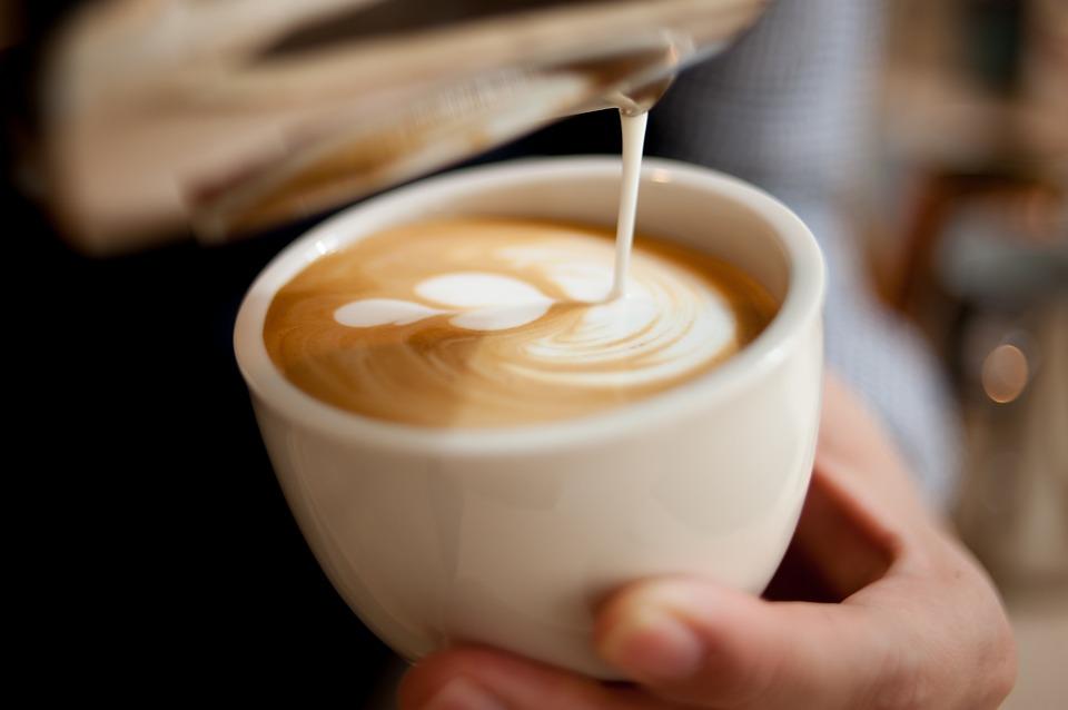 latte-art-2431160_960_720.jpg
