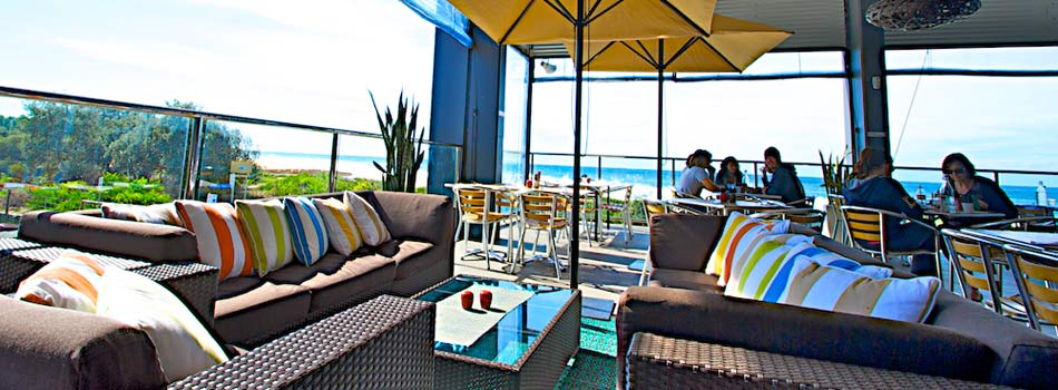 wamberal-surf-club-point-cafe2.jpg