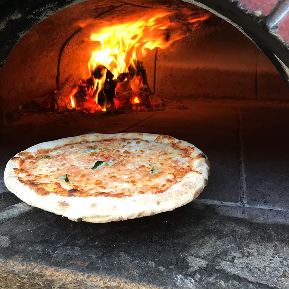 Woodfired pizza oven.jpg