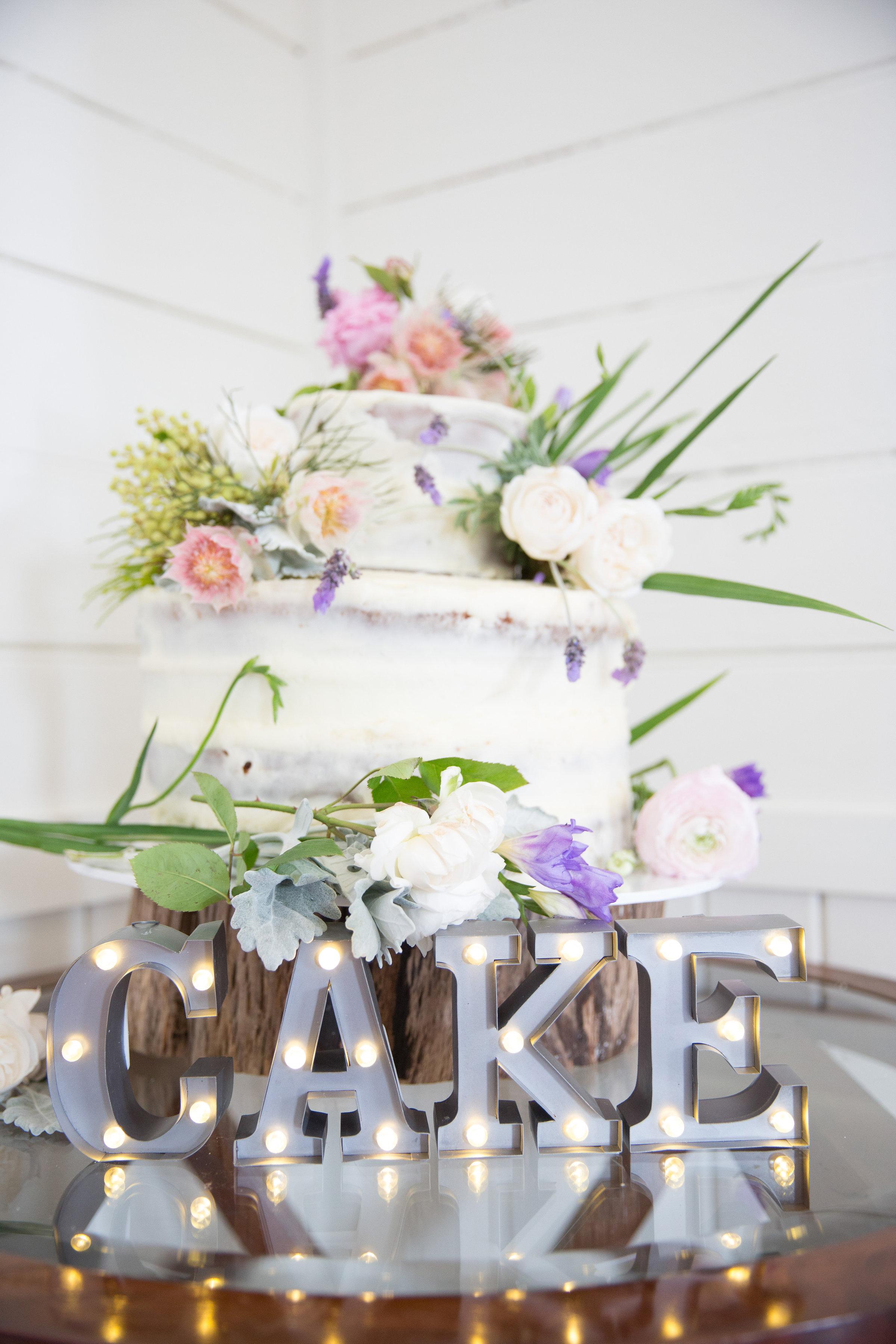 WeddingCake3.jpg